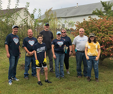 Cuivre Employees working with Emmaus Homes